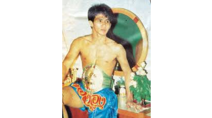 10 รายชื่อนักมวยไทย ที่เคยได้แชมป์มวยโลก สด จิตรลดา